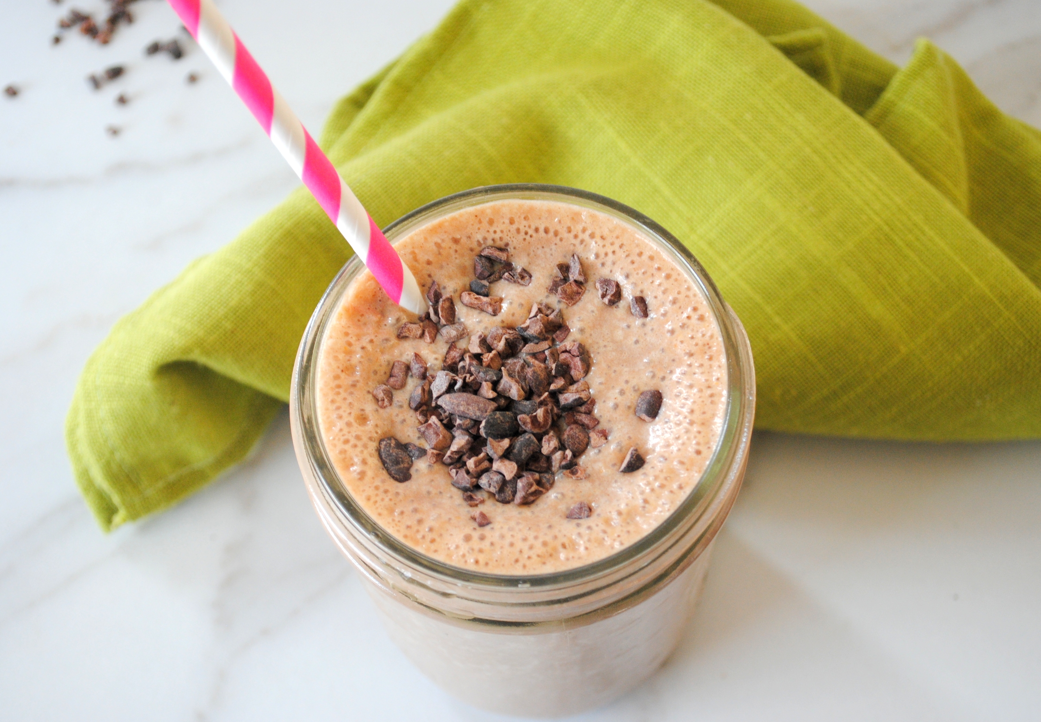 Chocolate peanut butter breakfast smoothie