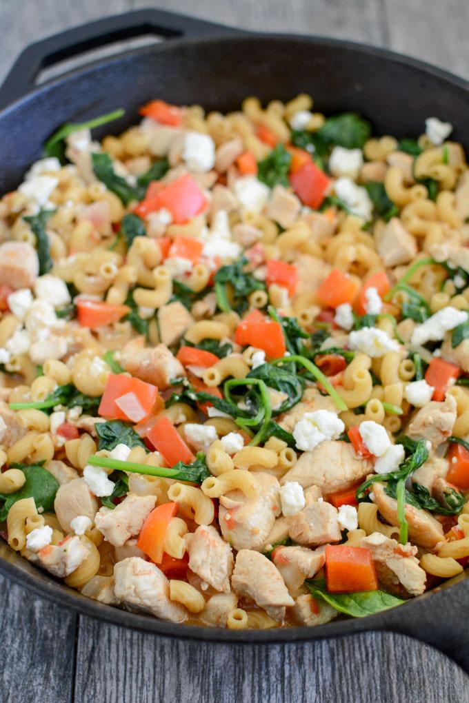 Lean Green Bean_Skillet-Mediterranean-Chicken-Pasta
